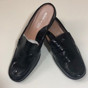 Kenneth Cole NY mule
